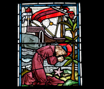 Stained-Glass-Windows-Old-Testament-Jonah-rel01-08-45