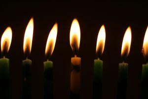 candlesindarkness